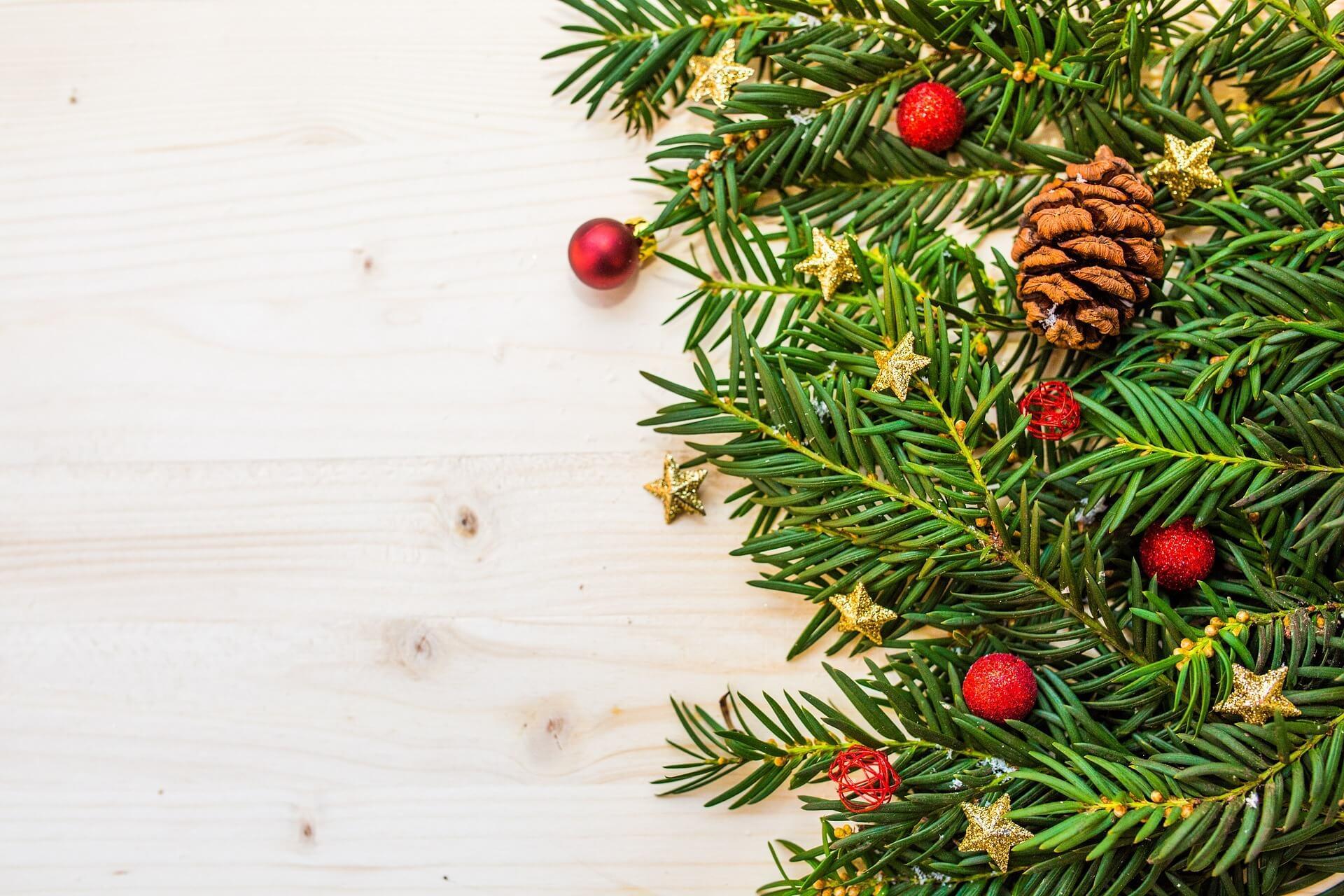 christmas social media strategy